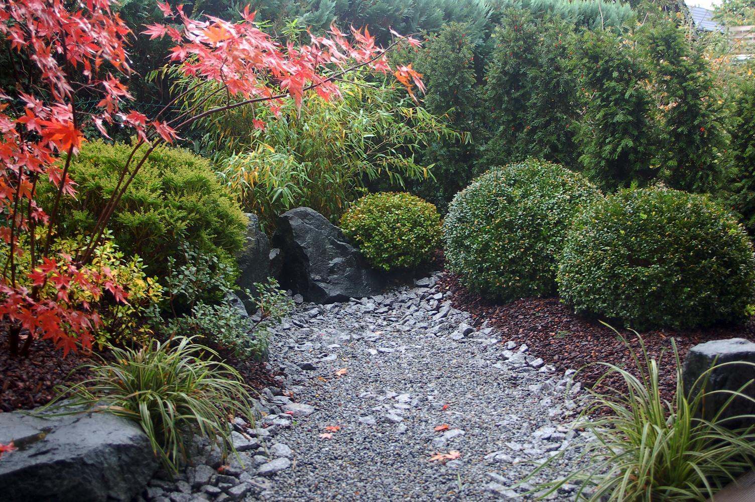 Gartengestaltung Japanischer Garten, japanische gartengestaltung | bambus und granit für haus und garten, Design ideen