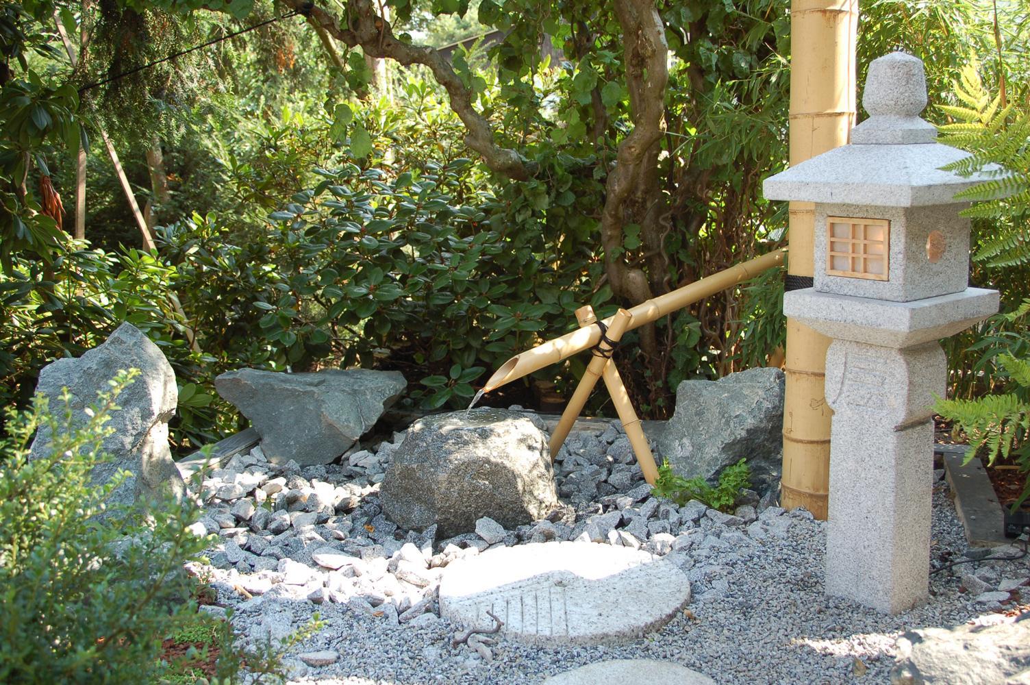 innenausbau terrassen und dachg rten bambus und granit f r haus und garten. Black Bedroom Furniture Sets. Home Design Ideas